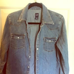 GAP jean shirt with snaps